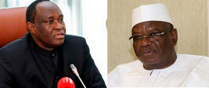 Son Excellence Ibrahim Boubacar Keita et Tiebilé Dramé (D-G)
