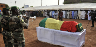 Les Maliens ont rendu hommage au photographe Malick Sidibé