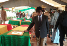 IBK lors de l'hommage aux soldats tués à Nampala