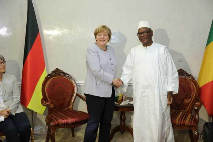 La chancelière A Merkel et IBK