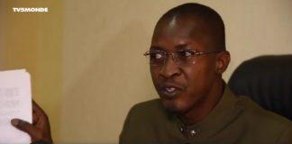 Housseyni Amion Guindo., ministre des Sports