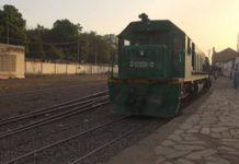 A bord du Bamako-Kayes, le seul train de voyageurs du Mali