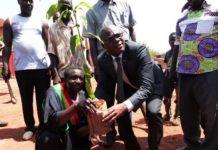 Ecobanklance l'aménagementd'un espace vert à Hamdalaye