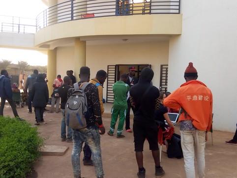 Témoignages des 163 migrants maliens