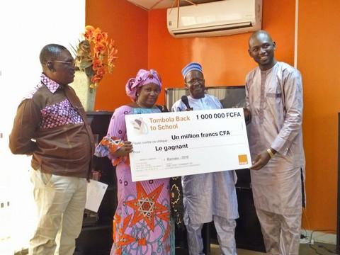 Orange Mali gratifie ses gagnants de la semaine