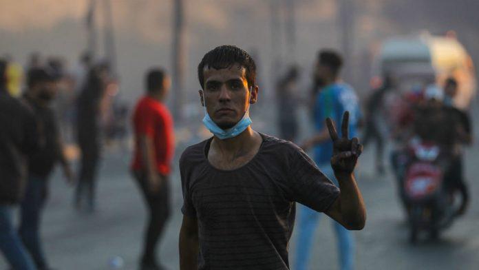 Un manifestant irakien